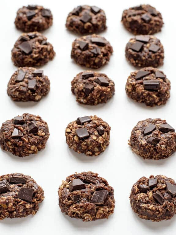 Healthy No Bake Cookies  Healthy No Bake Cookies with Chocolate and Peanut Butter