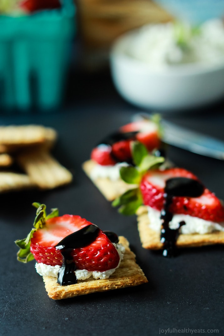 Healthy Party Appetizers  Easy Strawberry Goat Cheese Bites with Balsamic Reduction