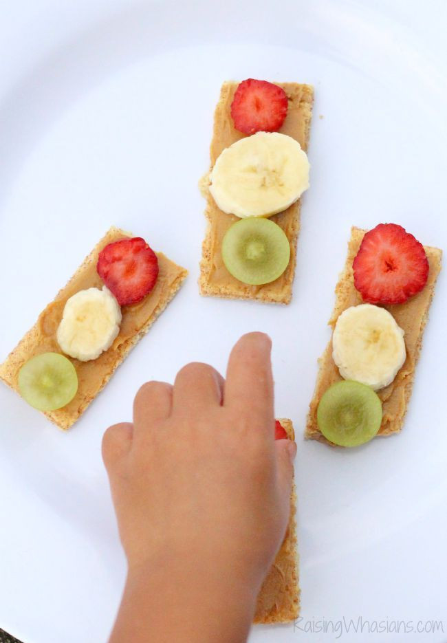 Healthy Snacks For Toddlers And Preschoolers  Traffic Light Snack for Toddlers Pinterest