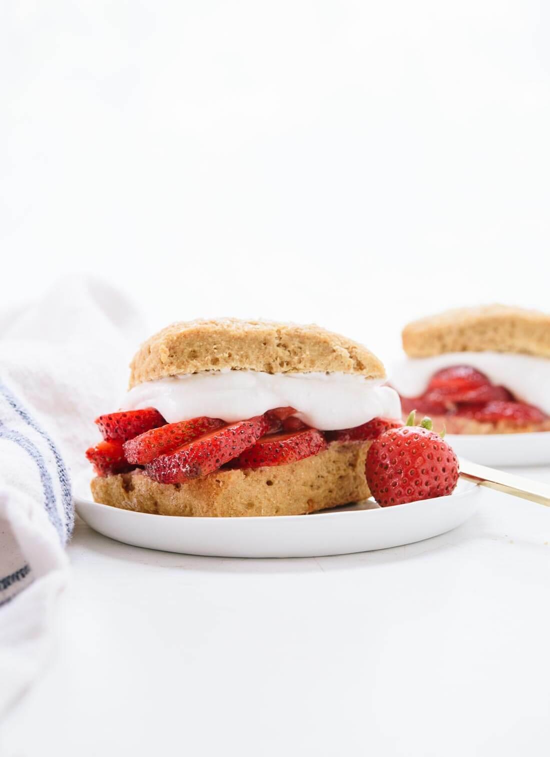 Healthy Strawberry Shortcake  healthy strawberry shortcake