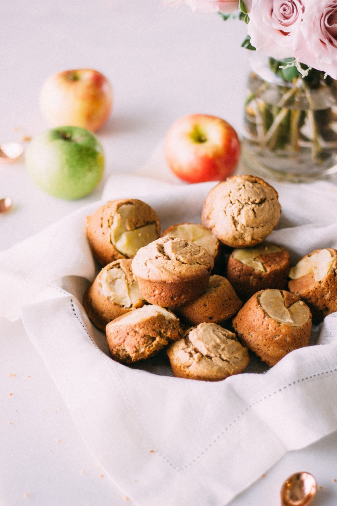 Healthy Thanksgiving Desserts  Healthy Thanksgiving Desserts Cupcakes Crisps and Pie