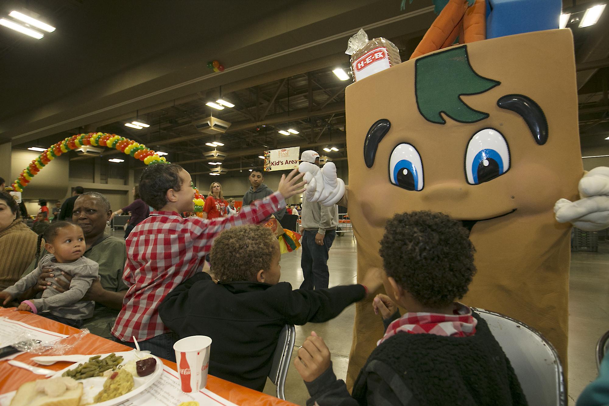 Heb Thanksgiving Dinner 2016  25 reasons why Texans love H E B