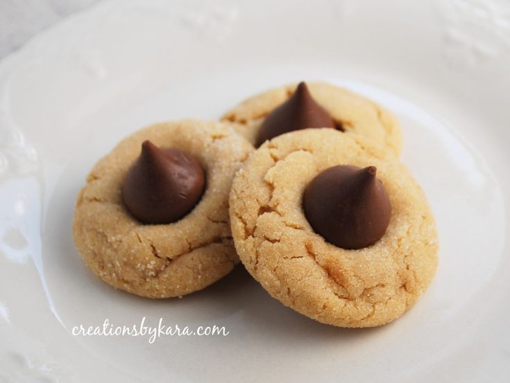 Hershey Kiss Cookies Without Peanut Butter  Best 20 Peanut butter kiss cookies ideas on Pinterest