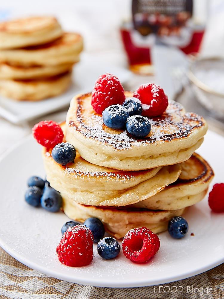 Home Made Pancakes  Homemade Buttermilk Pancakes i FOOD Blogger