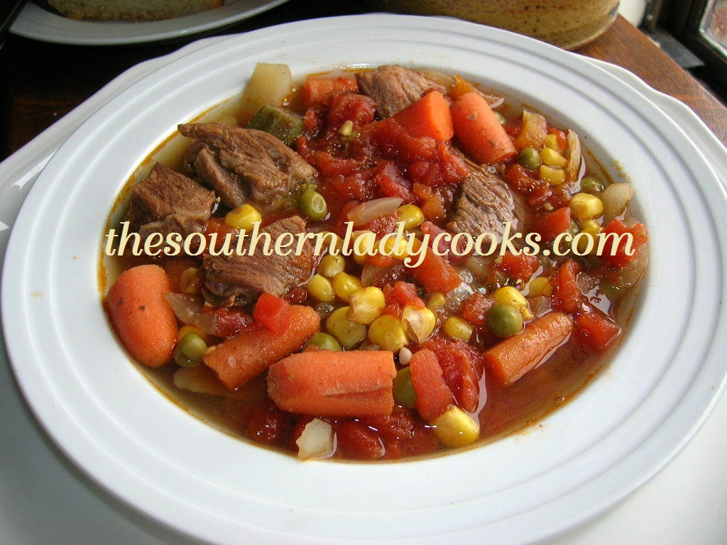 Homemade Beef Vegetable Soup  HOMEMADE VEGETABLE BEEF SOUP