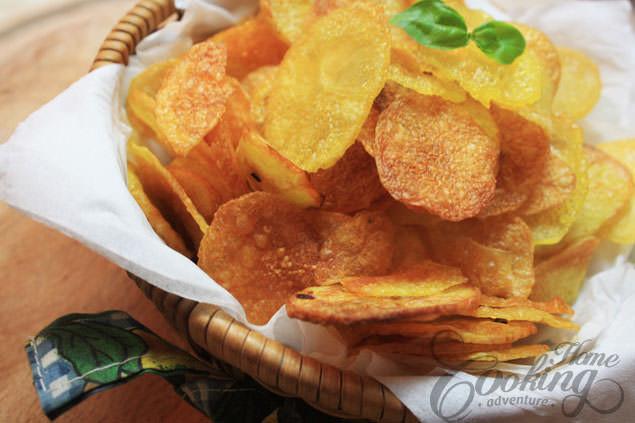 Homemade Potato Chips  Homemade Baked Potato Chips Home Cooking Adventure