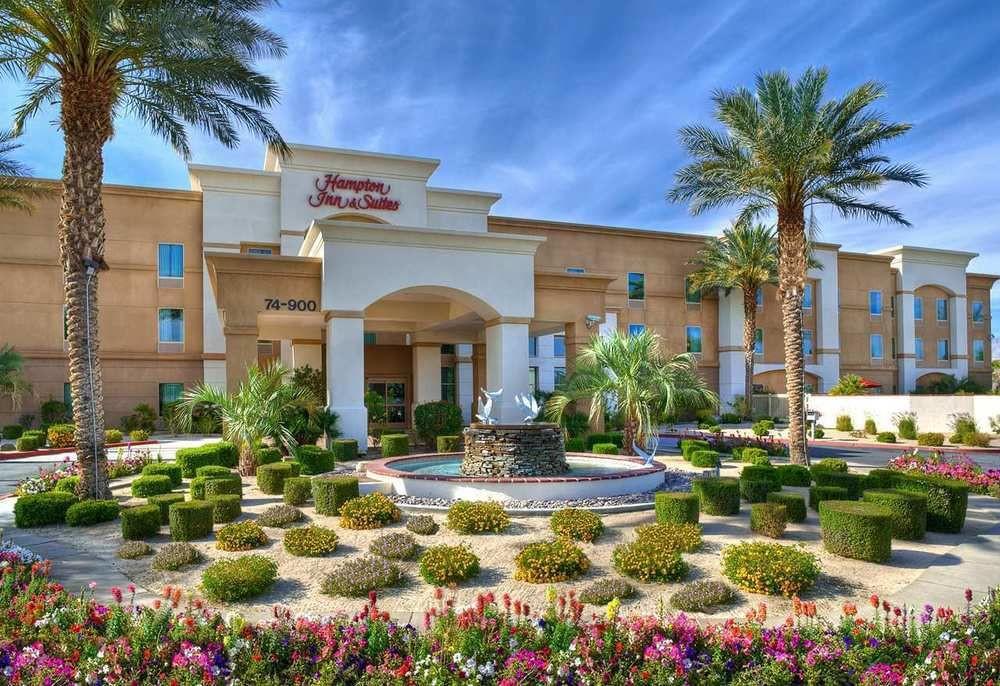 Hotels In Palm Dessert Ca  Book Hampton Inn & Suites Palm Desert