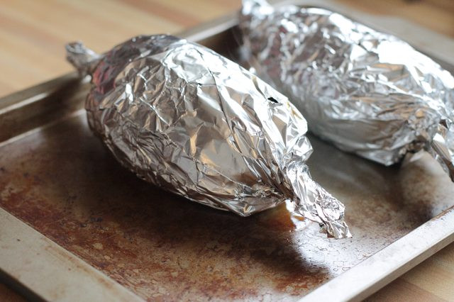How Long Does It Take To Bake A Potato  how long do you bake a potato in foil