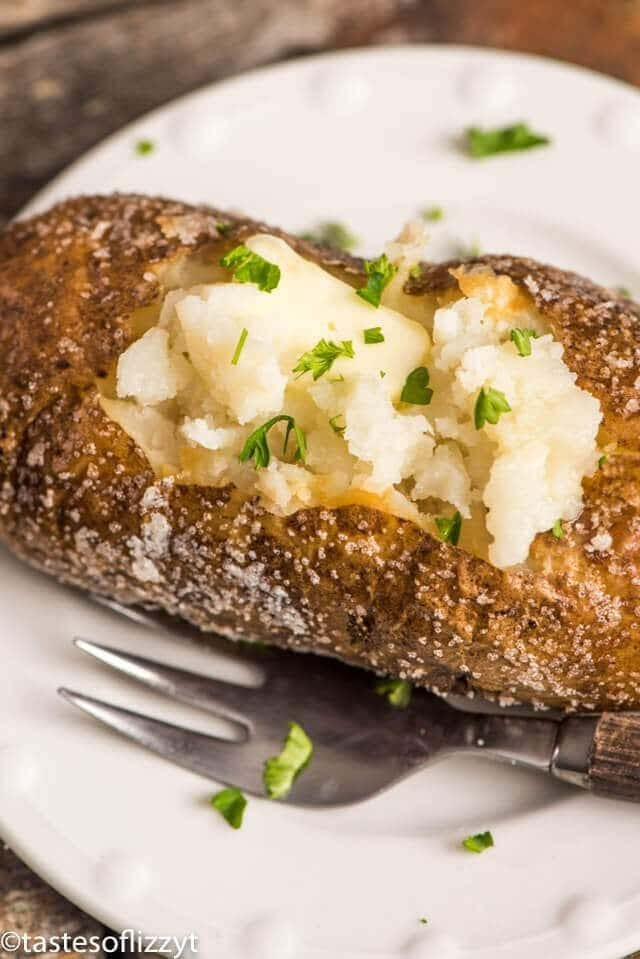 How Long To Bake A Potato At 425  Oven Baked Potatoes How to Make Crispy Skin Baked Potatoes
