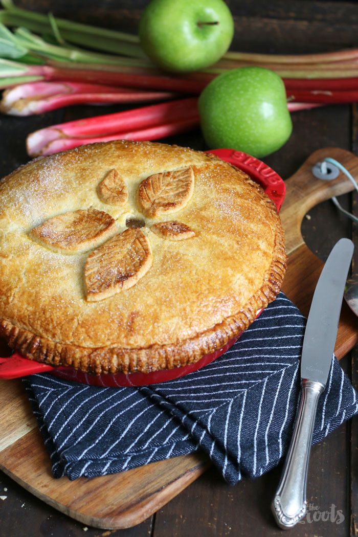 How Long To Bake Apple Pie  Rhubarb Apple Pie – Bake to the roots