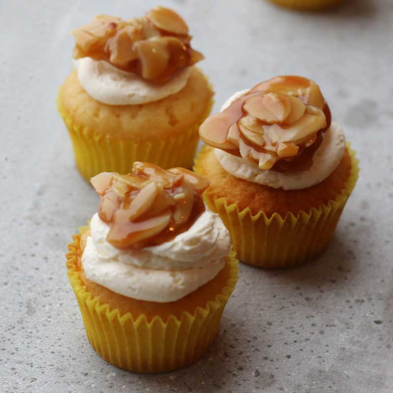 How Long To Bake Mini Cupcakes  Mini Bienenstich Bee Sting Cupcakes – Bake to the roots
