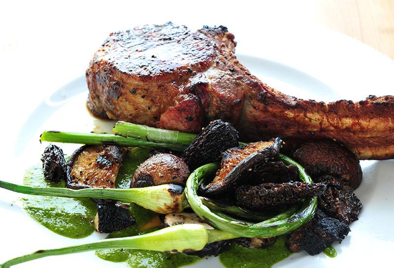 How Long To Grill Bone In Pork Chops  Tomahawk Chops