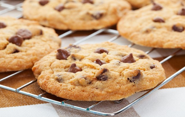 How To Bake Chocolate Chip Cookies  How to Bake Cookies in a Toaster Oven