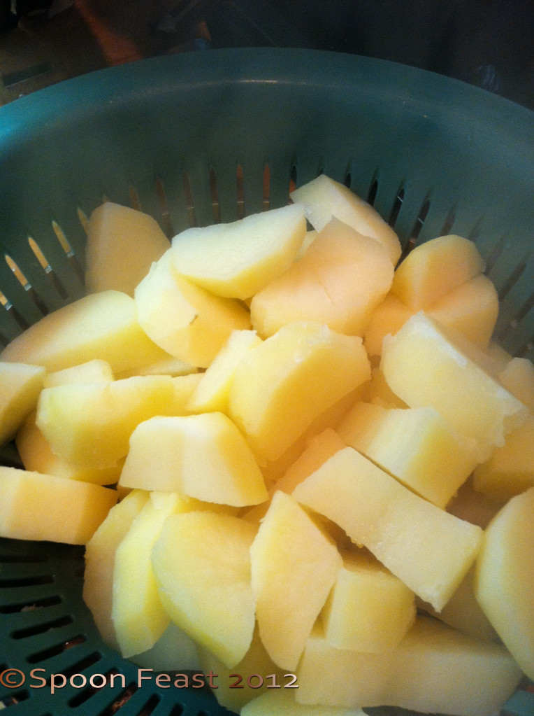 How To Boil Potatoes For Mashed Potatoes  How to Boil Potatoes for Making Mashed Potatoes