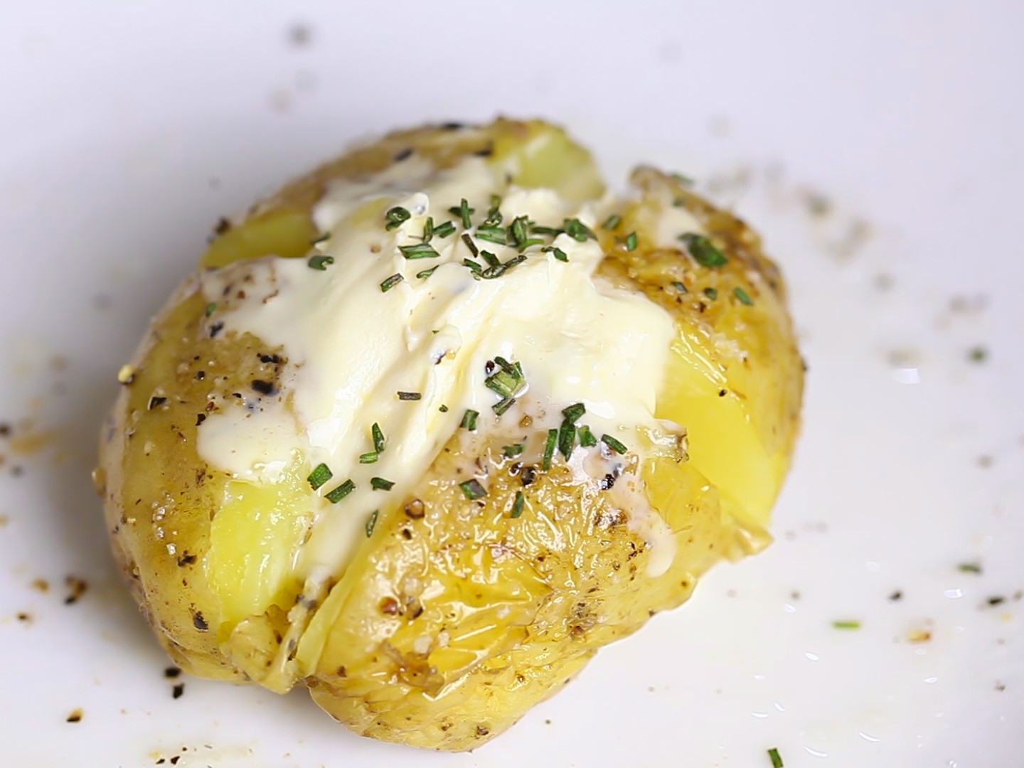 How To Cook Baked Potato In Microwave  How to Bake a Potato in the Microwave 9 Steps with