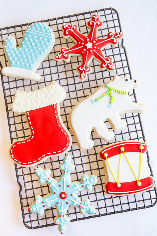How To Decorate Christmas Cookies  How to Decorate Holiday Cookies