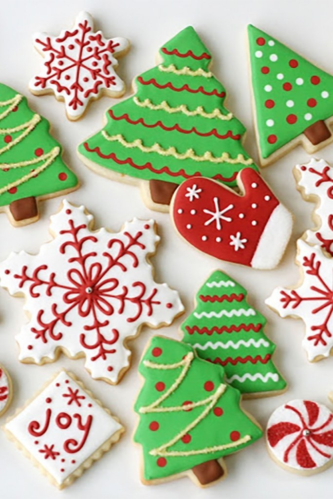 How To Decorate Christmas Cookies  Decorated Christmas Cookies
