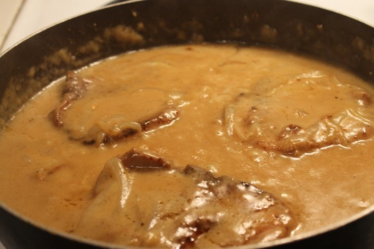How To Fry Pork Chops Without Flour  Easy Smothered Pork Chops Recipe