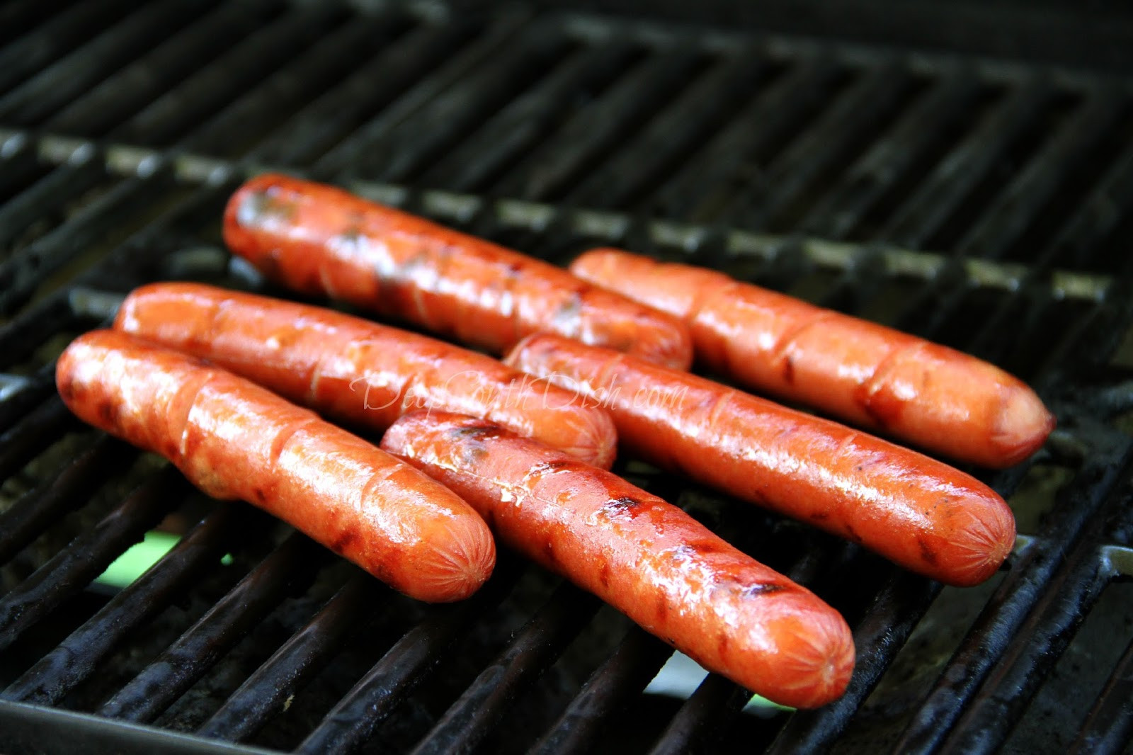 How To Grill Hot Dogs  Deep South Dish Skillet Hot Dog Chili Sauce