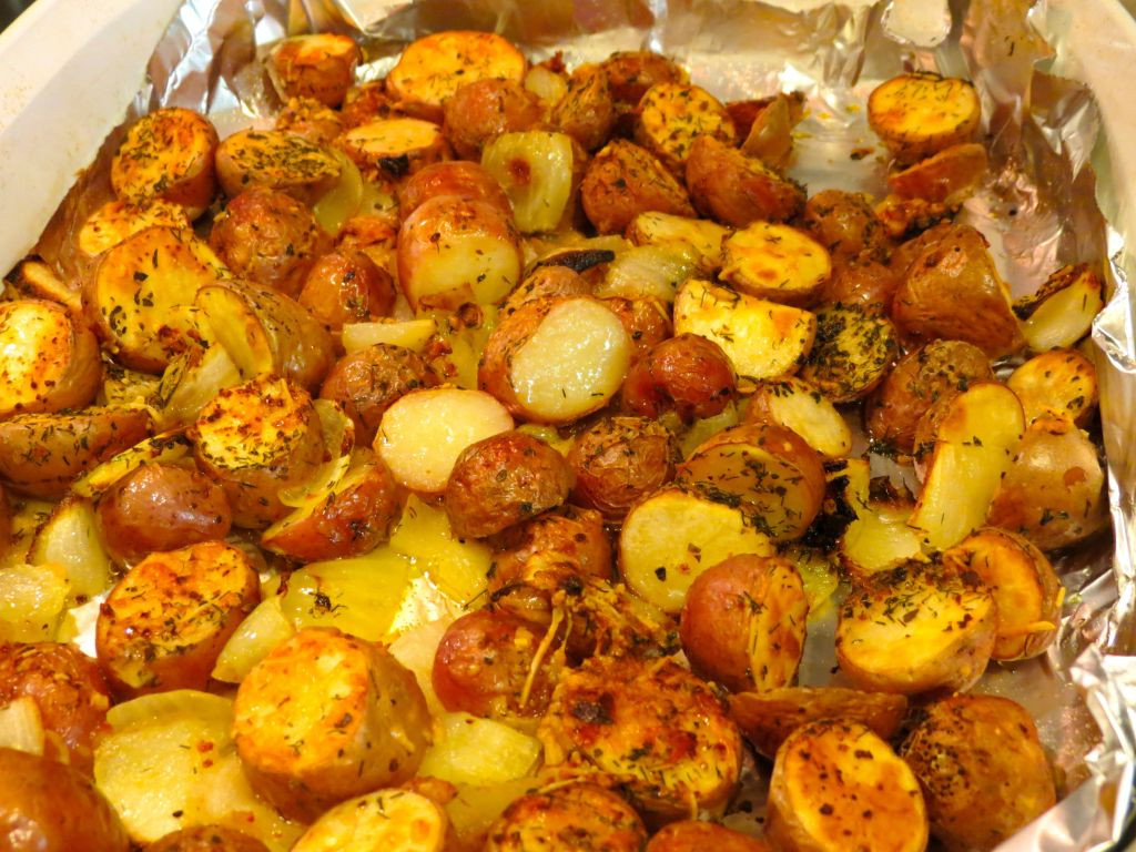 How To Make A Baked Potato In The Oven  Easy to Make Oven Roasted Red Potatoes