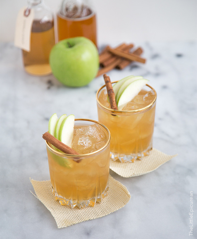 How To Make Apple Pie Drink  Apple Pie Moonshine Cocktail The Little Epicurean