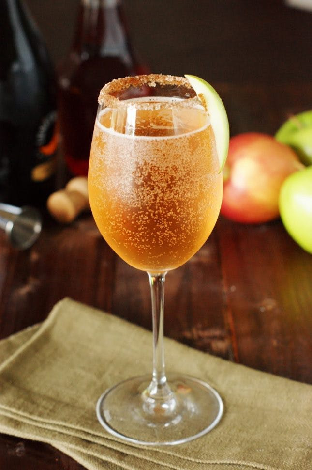 How To Make Apple Pie Drink  You'll Want These 21 Signature Cocktails at Your Fall