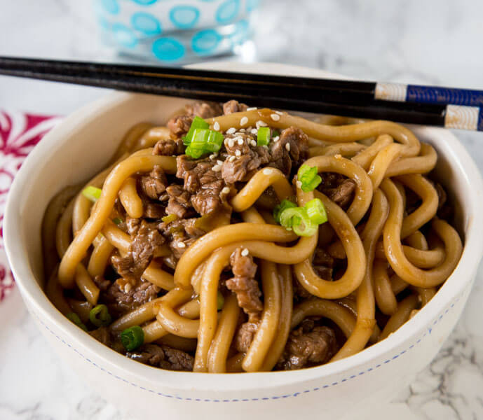 How To Make Beef And Noodles  Garlic Beef Noodle Bowls Dinners Dishes and Desserts