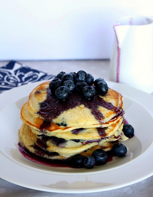 How To Make Blueberry Pancakes  Vanilla Clouds and Lemon Drops Blueberry Pancakes with