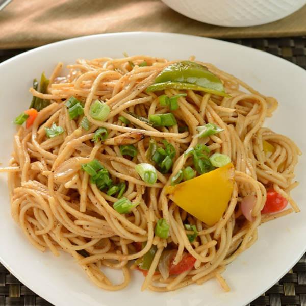How To Make Chinese Noodles  Veg Hakka Noodles Recipe How to Make Veg Hakka Noodles