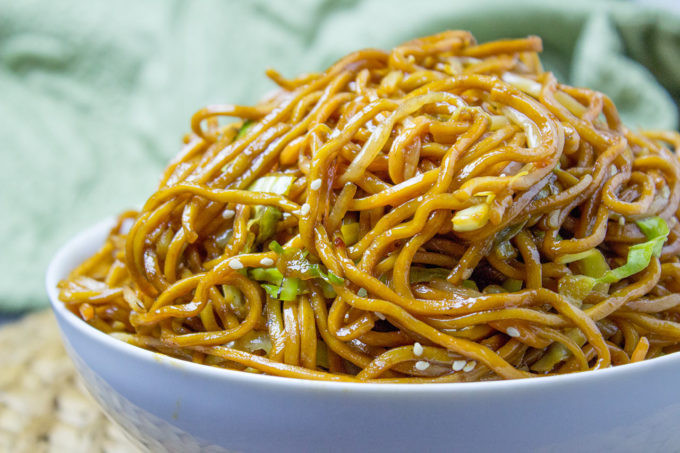 How To Make Chinese Noodles  Classic Chinese Chow Mein Dinner then Dessert