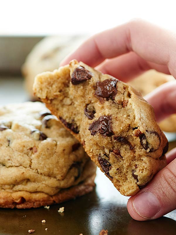 How To Make Chocolate Chip Cookies  Fluffy Chocolate Chip Cookies Recipe w Toasted Pecans