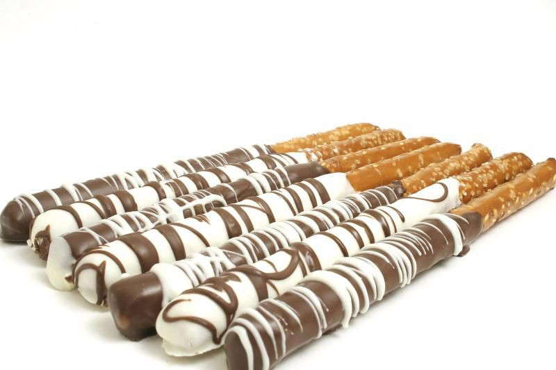 How To Make Chocolate Covered Pretzels  How to Make Chocolate Covered Pretzel Rods