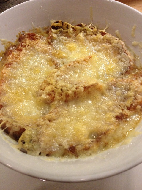 How To Make French Onion Soup  How to Make French ion Soup Recipe Snapguide