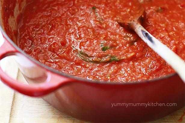 How To Make Fresh Tomato Sauce  How to Make Marinara Sauce with Fresh Tomatoes Yummy