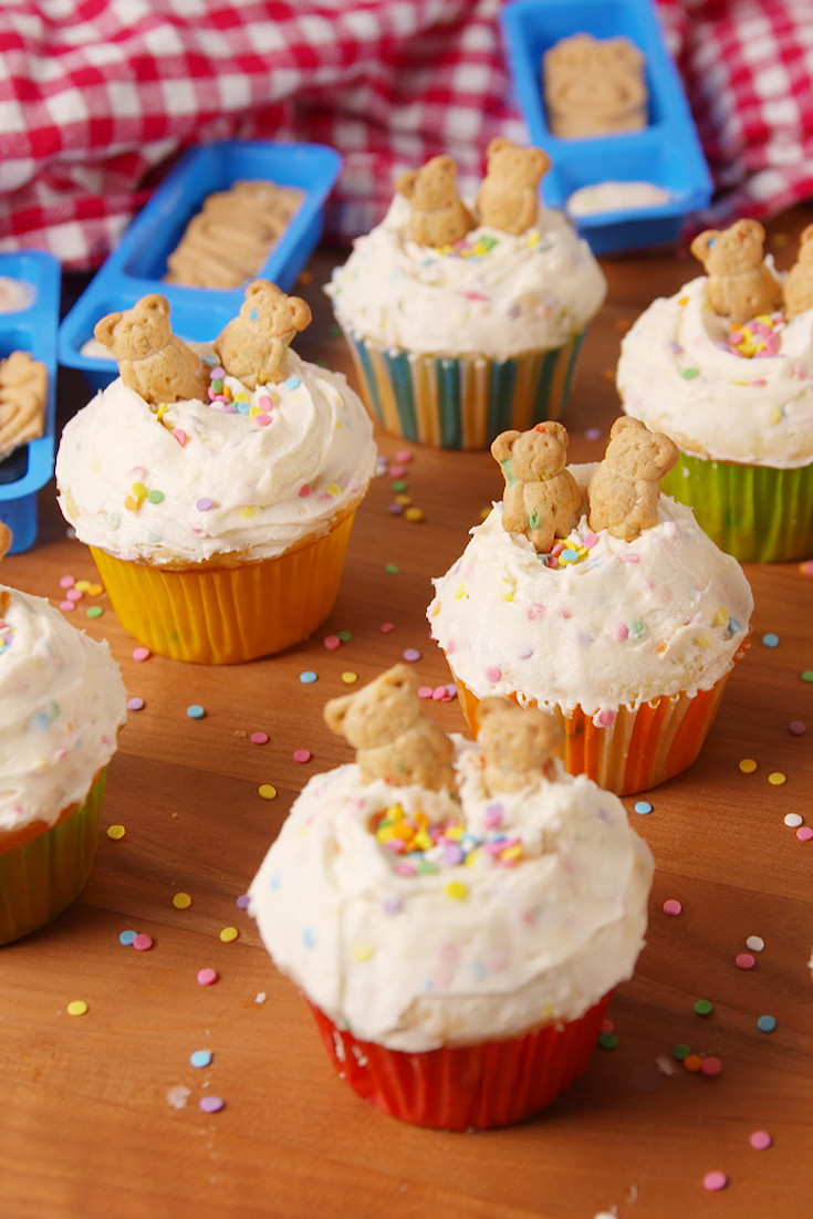 How To Make Homemade Cupcakes  60 Easy Cupcake Recipes from Scratch How to Make