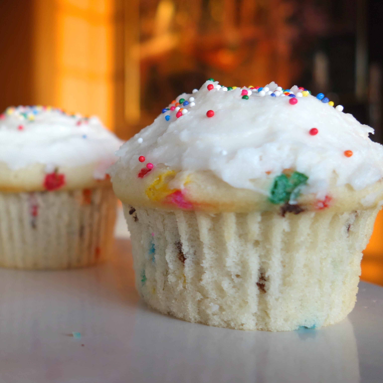 How To Make Homemade Cupcakes  Homemade Funfetti Cupcakes