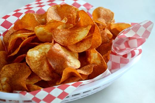 How To Make Homemade Potato Chips  Homemade Potato Chip How To The Kitchenthusiast