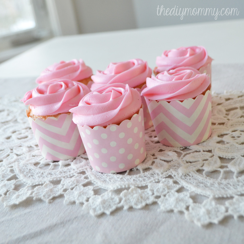 How To Make Icings For Cupcakes  Make Easy Rose Cupcakes