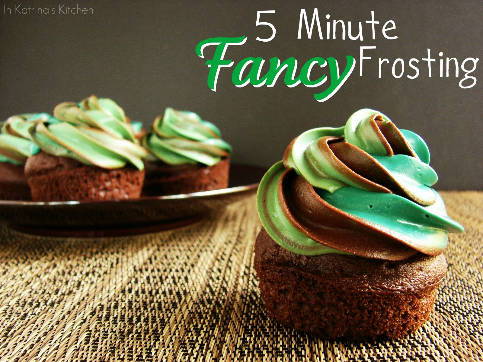 How To Make Icings For Cupcakes  5 Minute Fancy Frosting