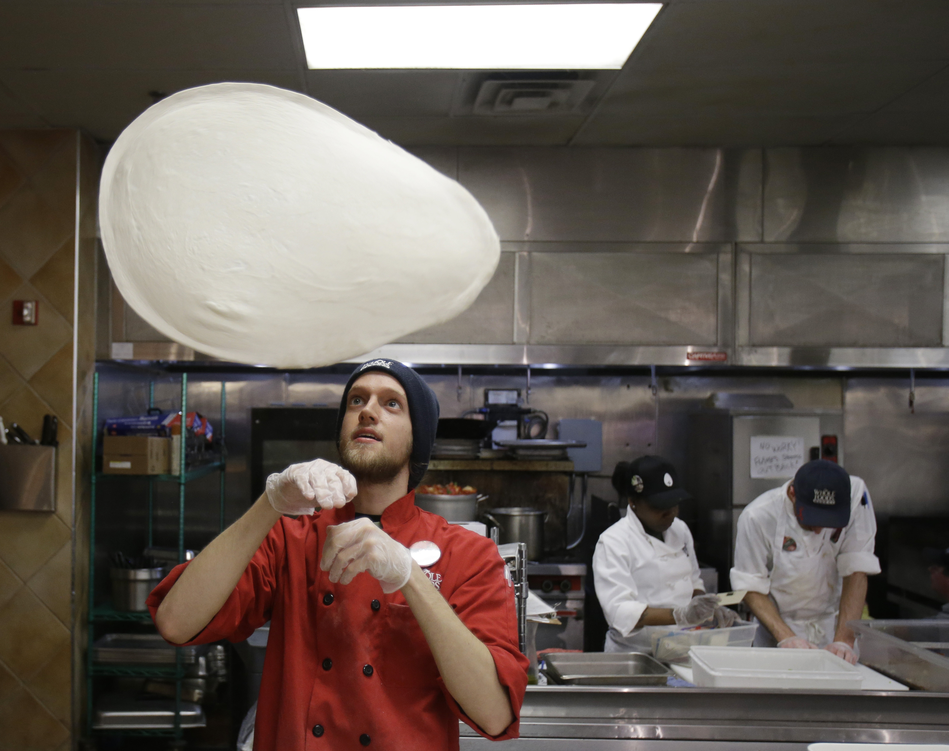 How To Toss Pizza Dough  Talk like an American with the language of food