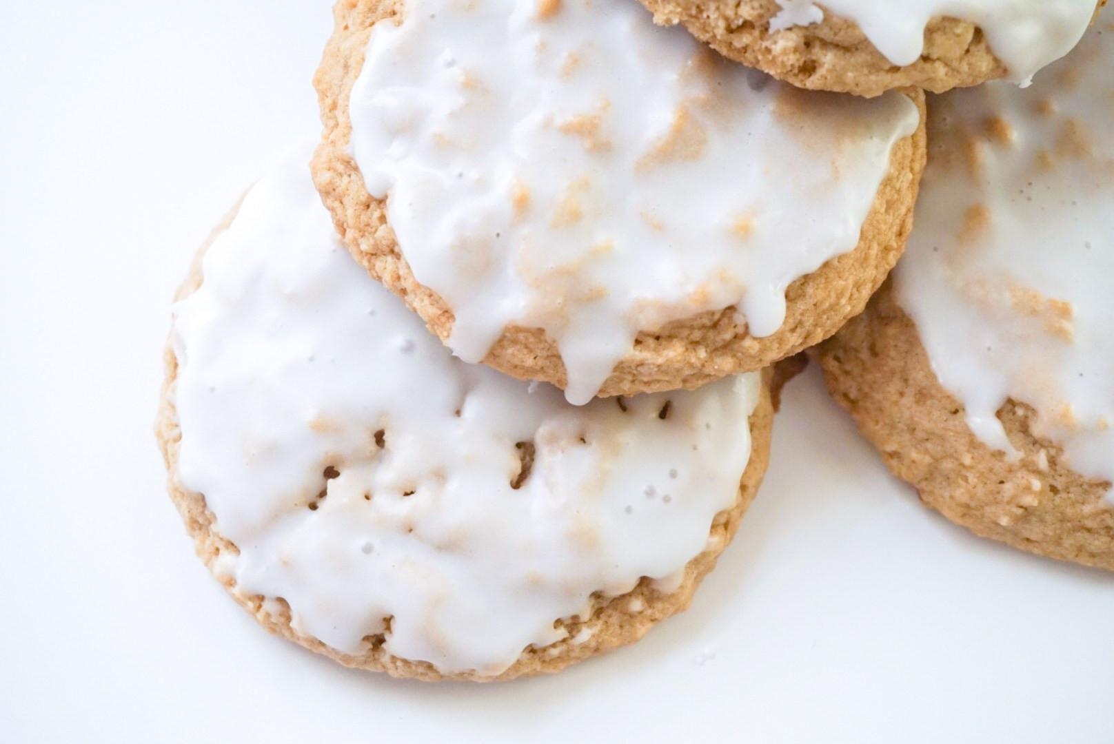 Iced Oatmeal Cookies  Iced Oatmeal Cookies