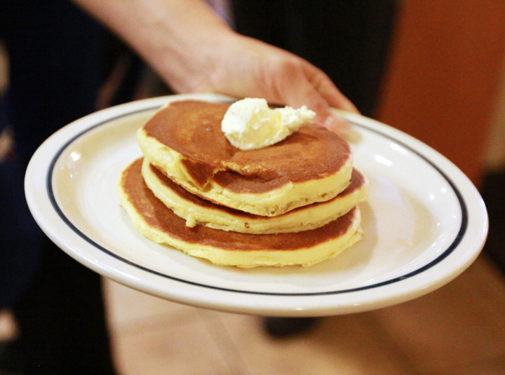 Ihop Free Pancakes 2017  National Pancake Day 2017 How to Get a Free Short Stack