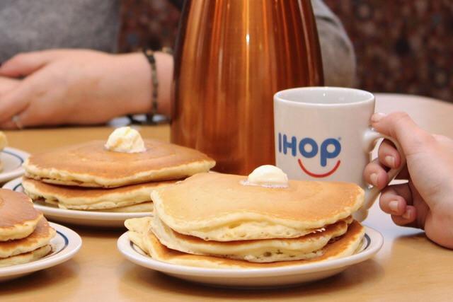 Ihop Free Pancakes  IHOP offering FREE pancakes for National Pancake Day 88