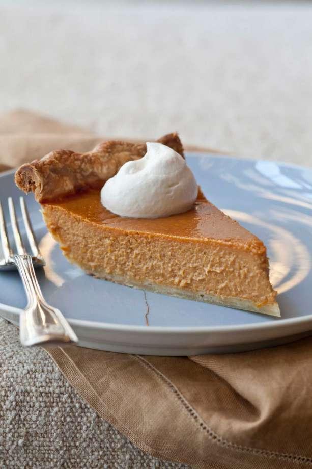 Ina Garten Pumpkin Pie  Ina Garten s Ultimate Pumpkin Pie with Rum Whipped Cream