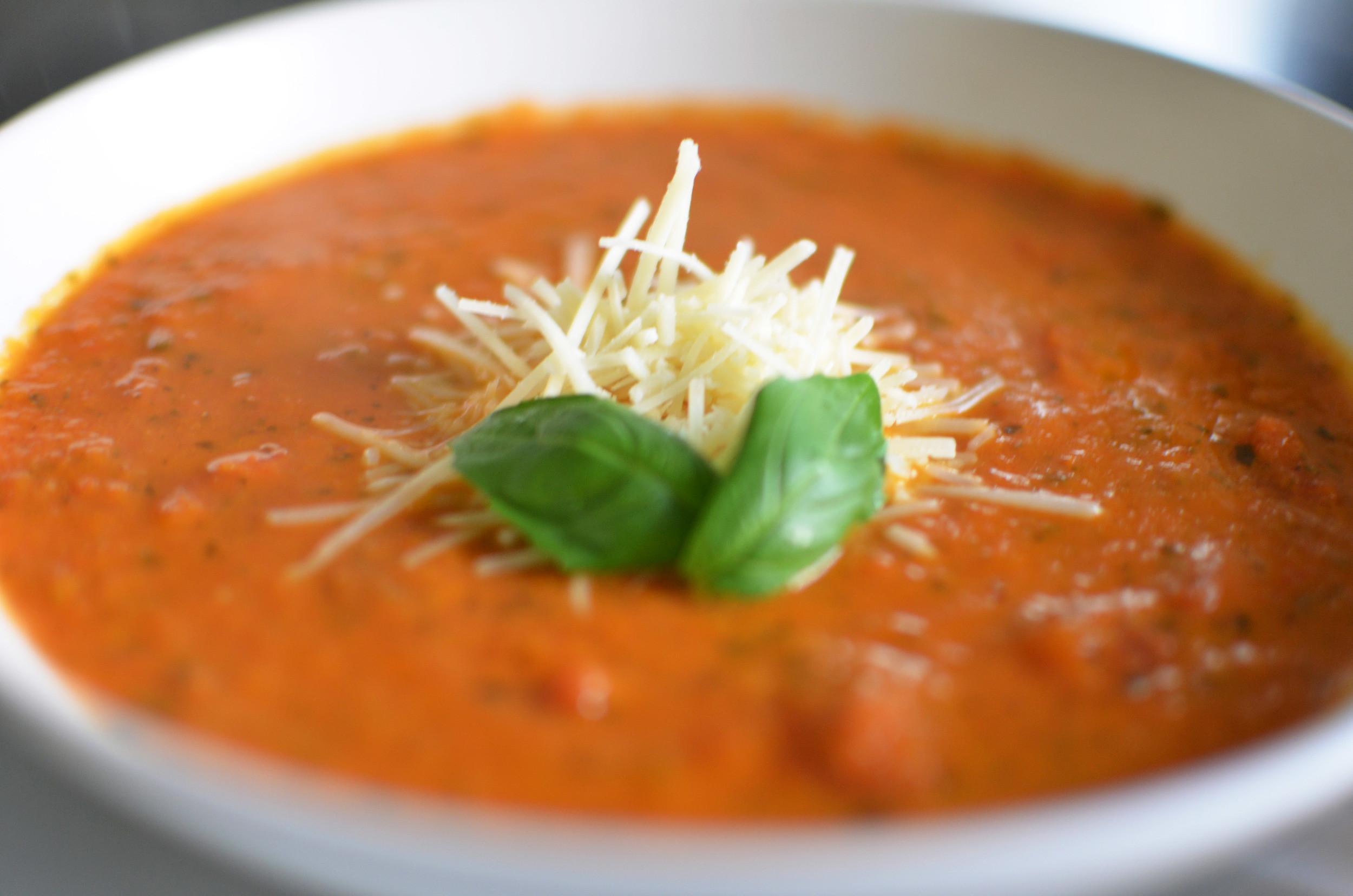 Ina Garten Tomato Soup  Tomato Basil Soup Recipe Ina Garten Chrissy Teigen — THE