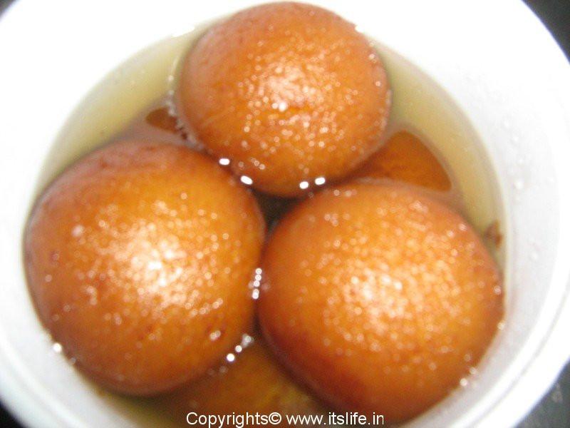 India Desserts Recipes  Gulab Jamoon Recipe Jamoon Recipe Indian Sweets