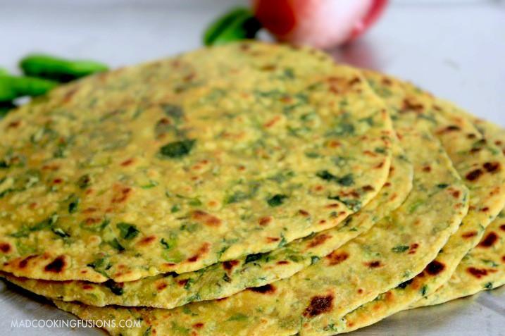 Indian Bread Recipe  Gujarati Flat Bread Methi Thepla Indian Flat Bread Recipe