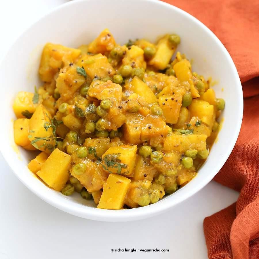 Indian Potato Recipes  Vegan Bombay Potatoes and Peas Vegan Richa