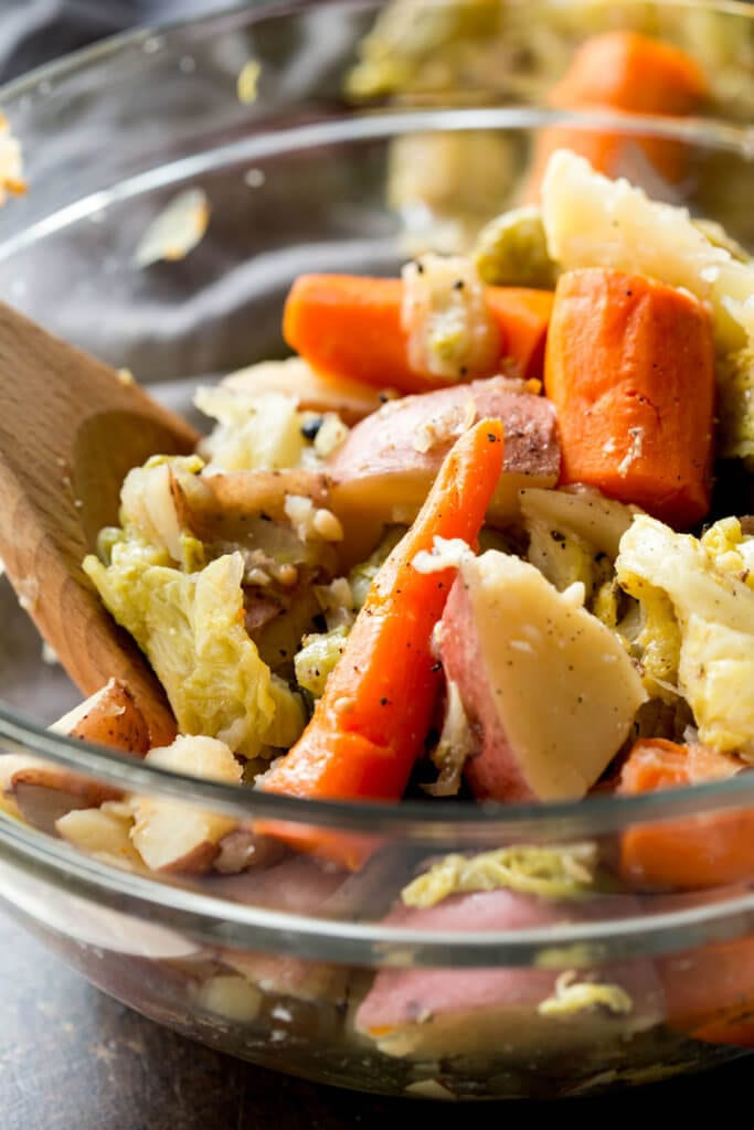 Instant Pot Cabbage And Potatoes  Corned Beef & Cabbage Instant Pot or Slow Cooker Eazy