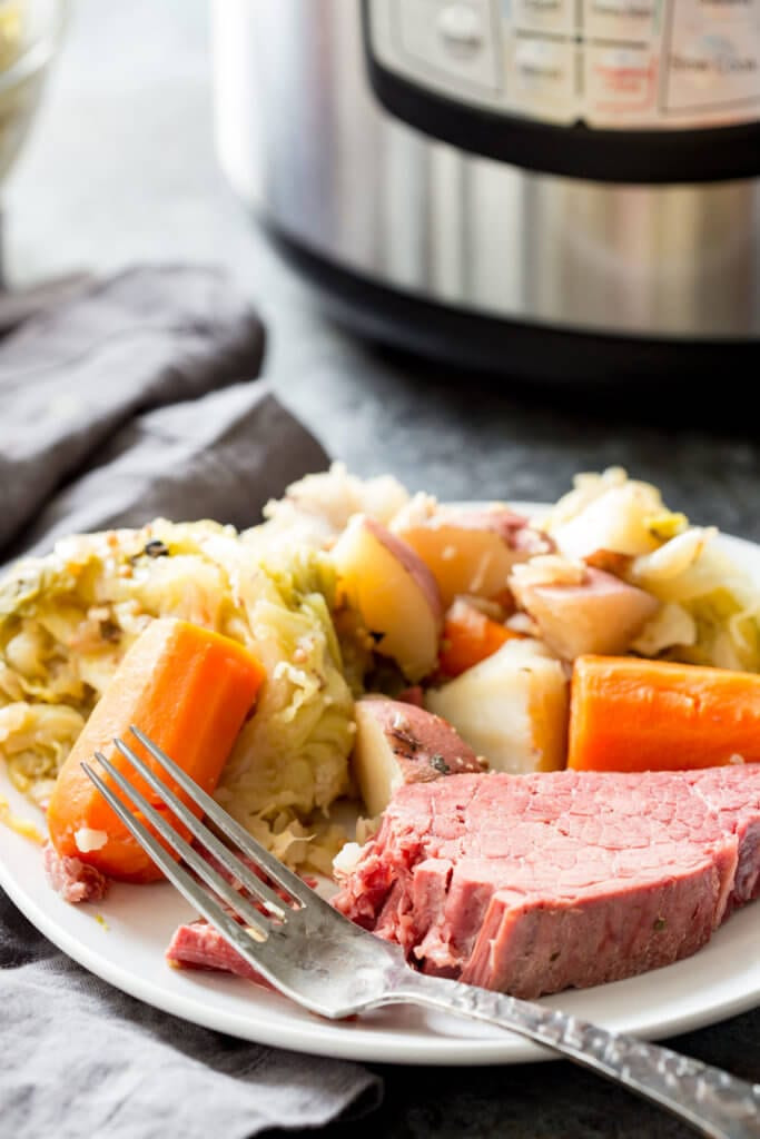 Instant Pot Corned Beef And Cabbage  Corned Beef & Cabbage Instant Pot or Slow Cooker Eazy